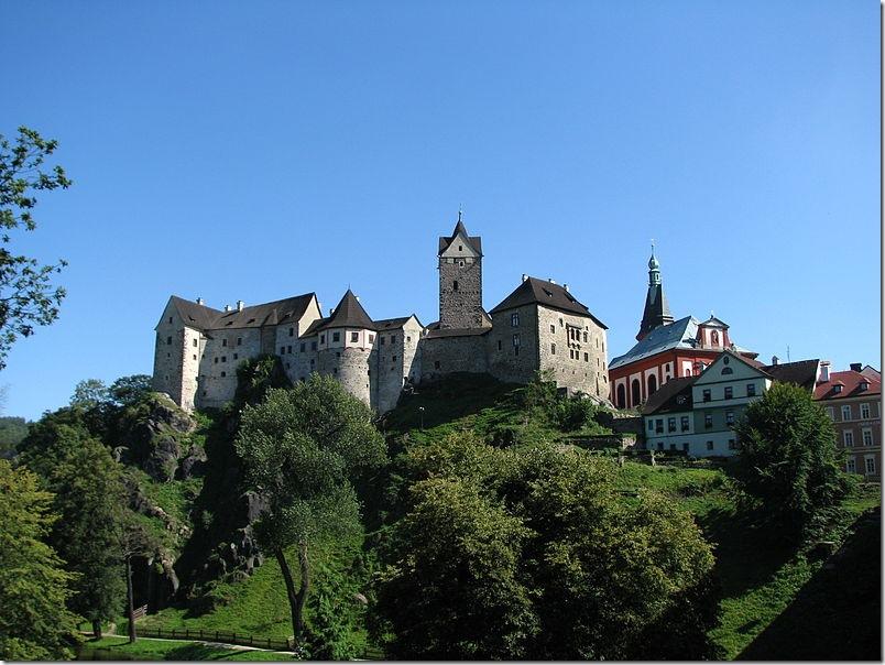 Замок Локет. Фото: wikipedia.org