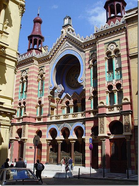 Юбилейная синагога Stiassny, построенная в 1906 году, является крупнейшей в Праге. Фото: wikipedia.org