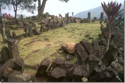 Пирамиды на острове Ява старше пирамид в Гизе