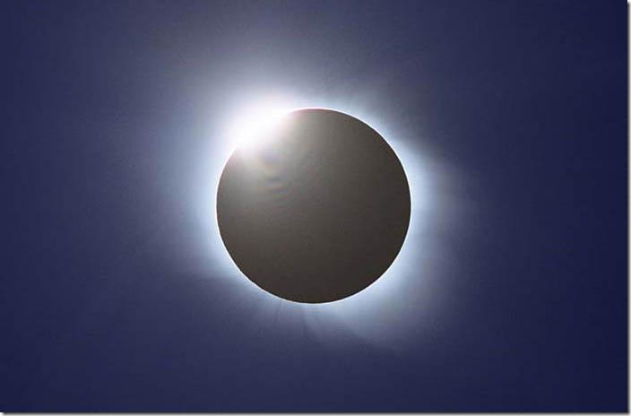 solar_eclipse-03