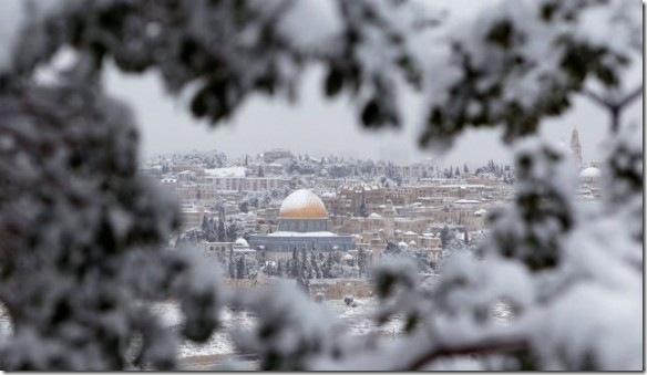 Иерусалим под снегом. Фото: reuters.com