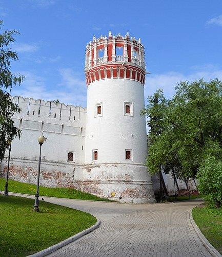 Софьина башня.