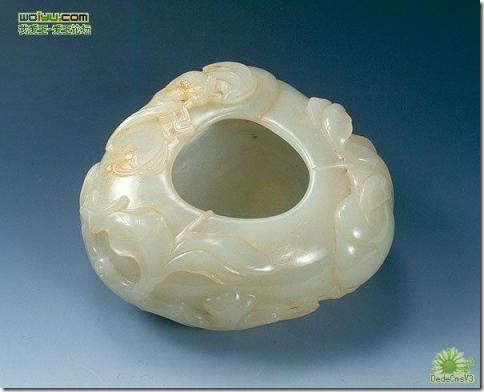 Нефритовые изделия династий Мин и Цин
