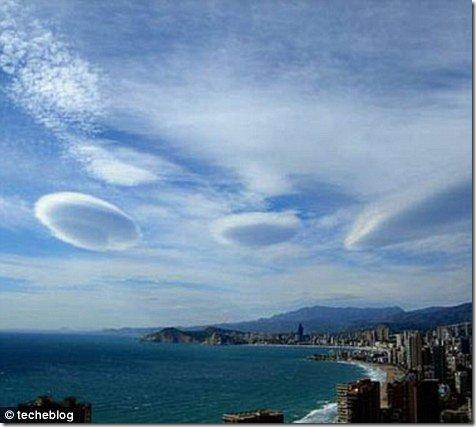 oblaka-nlo08