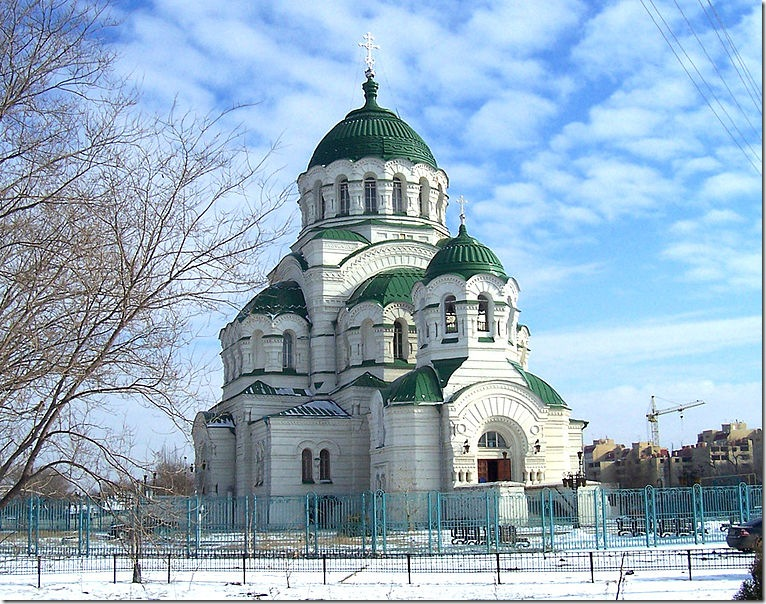 Собор Равноапостольного князя Владимира — одна из городских доминант Астрахани. Фото: wikipedia.org