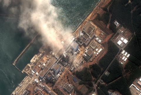 Ядерные реакторы Фукусимы № 4 угрожают Японии и всему миру